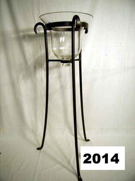 2014: Longaberger: W.I. STAND W/TALL GLASS HURRICANE VA