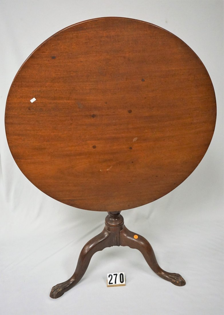 VICTORIAN WALNUT PARLOR TABLE WITH TILT-TOP,