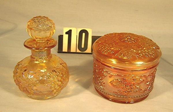 "10: Carnival Glass Vintage: Powder Jar W/Lid (M) - ""Ve"