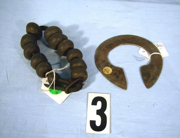 1003: VINTAGE STRAP OF BEADS (POSSIBLY COW DUNG)