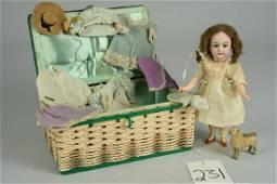 SMALL SIMON & HALBIG 1079 CHILD WITH WARDROBE 7 IN