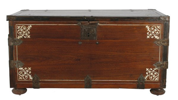 251: Spanish Colonial School, Wooden Chest