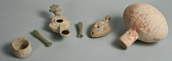 Roman Glass and Terracotta Objects