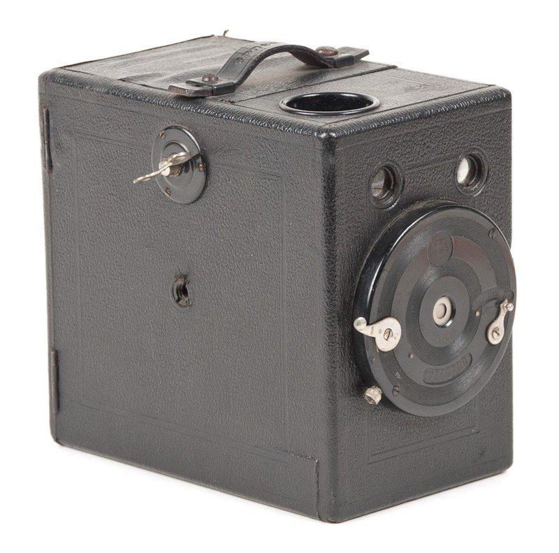 Ernemann Roll Film Box Camera