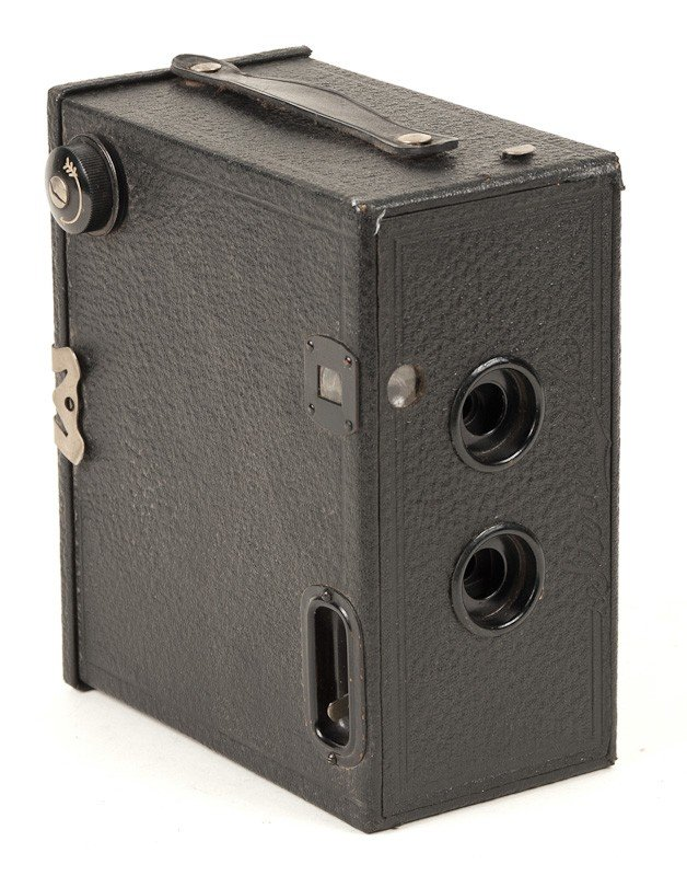 Stereo Puck Roll Film Camera