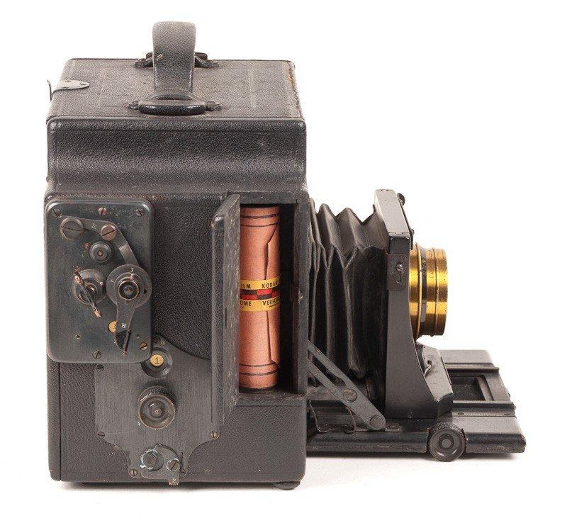 Graflex 3A Roll Film Camera  - 4