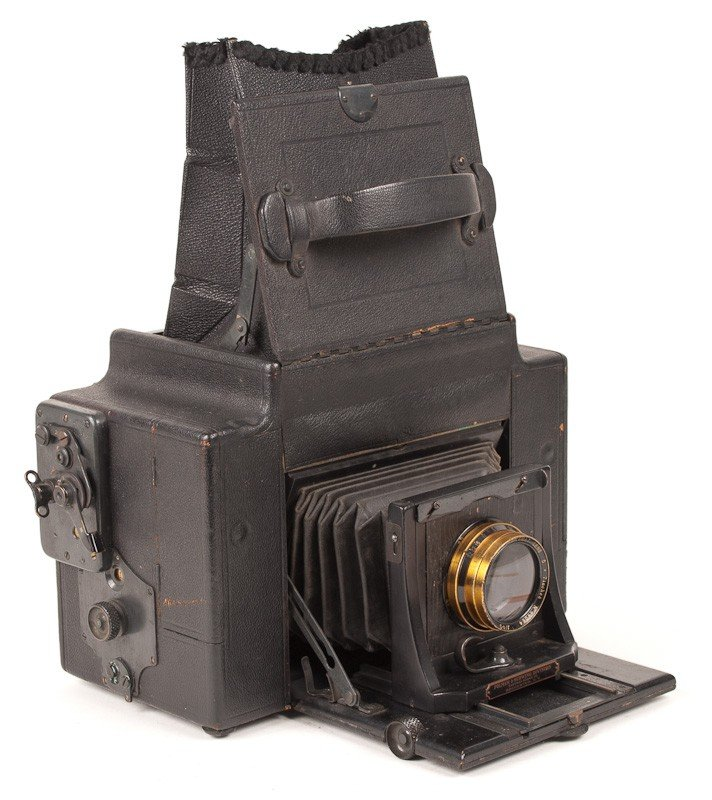 Graflex 3A Roll Film Camera  - 7