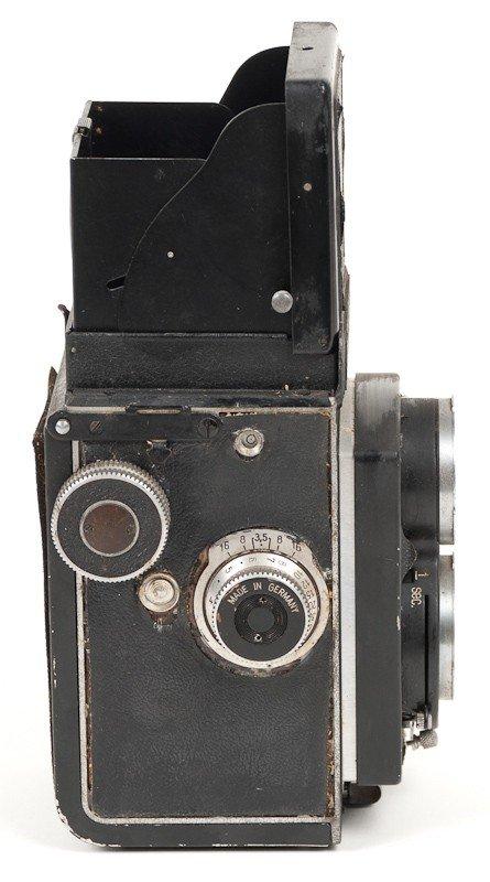 Rolleicord II Twin Lens Reflex, 120 Roll Film Camera - 4
