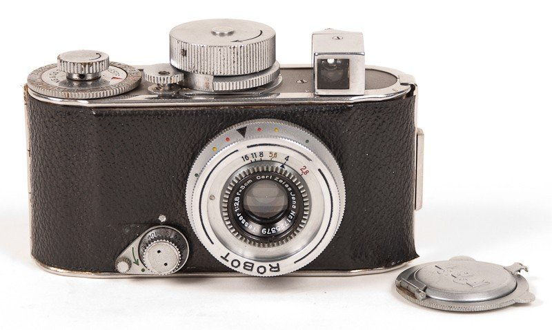 Robot Film Camera with Leather Case - 3