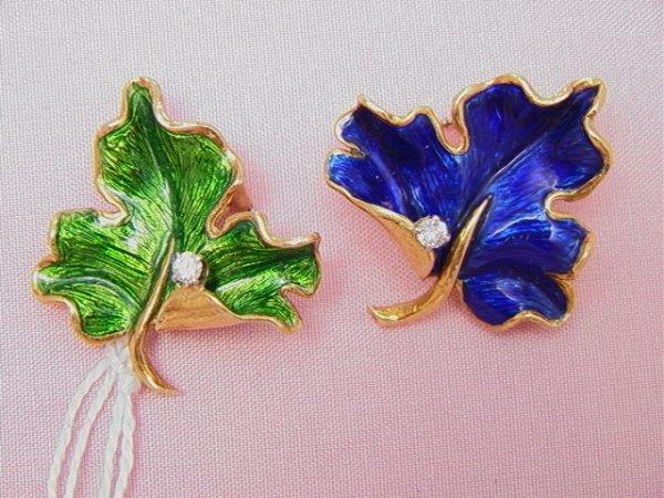9: 18K enameled diamond leaf clip earrings18K yellow go