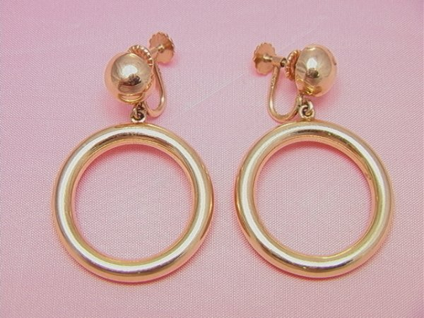 14: 14K gold dangle earring 14K gold dangle earring cir