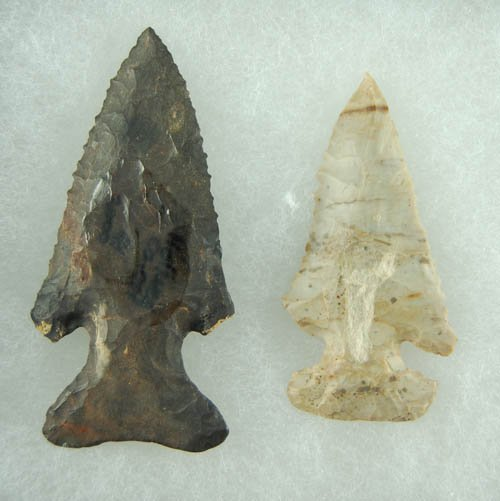 2: Pair of Ohio Thebes Bevels . Lar Hothem Collection.