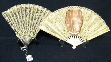 22: Pr Early Victorian Style Hand Fans