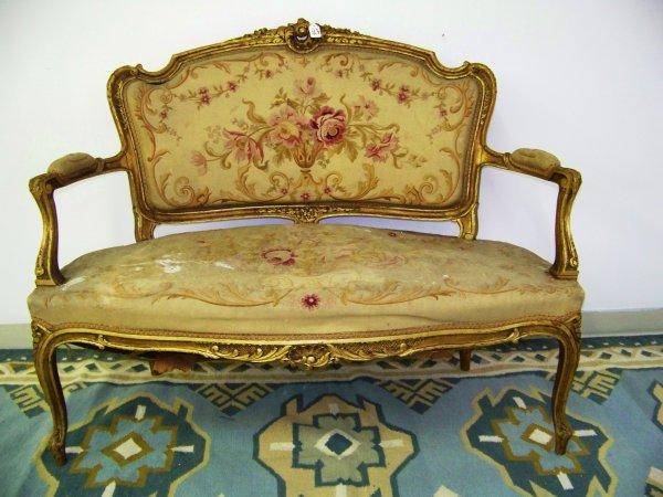 139: 18-19th C French Gold Gilt Settee