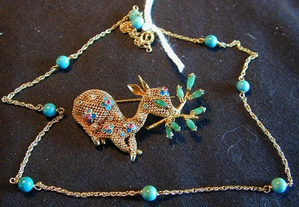 17: 2 - 14KT TURQUOISE & JADE, CHAIN & FIGURAL PIN