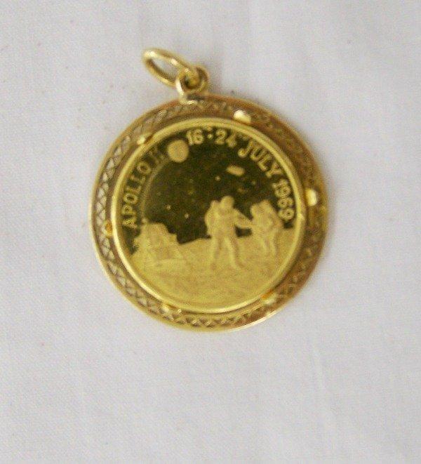 160: Vintage Apollo 11- 917/1000 Gold Coin