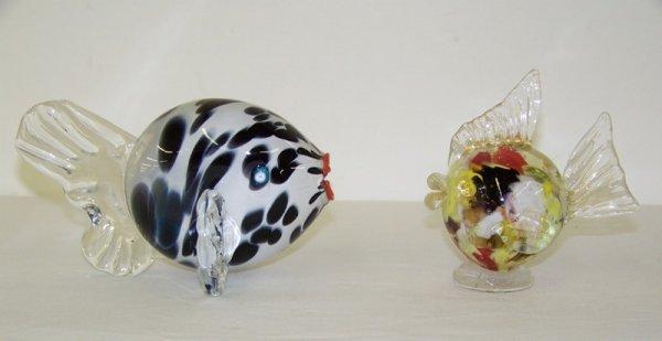 16: Pr. Murano Glass Fish Signed