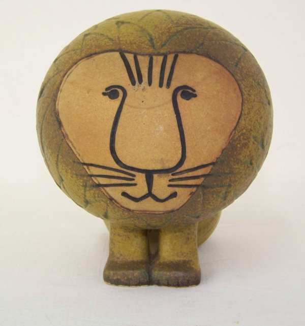 13: Lisa Larson Gustavsberg Pottery Lion