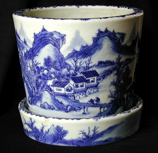 118: Old Chinese Porcelain Blue and White Planter