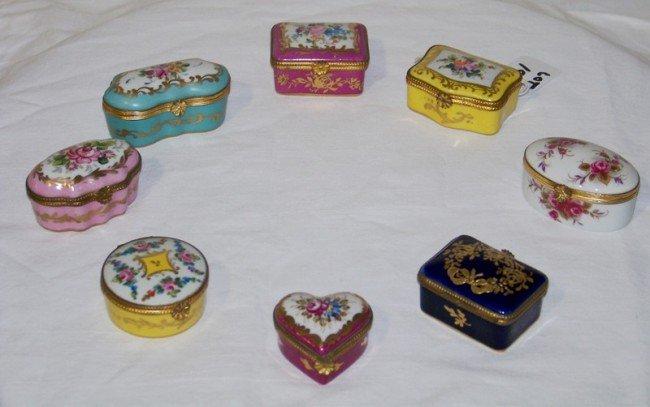 19: 8 Vintage Signed Hand Painted Limoge Dresser Boxes