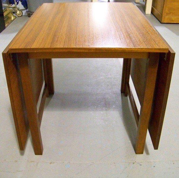 186: Mid Century Modern Teak Drop Leaf Gate Leg Table - 3