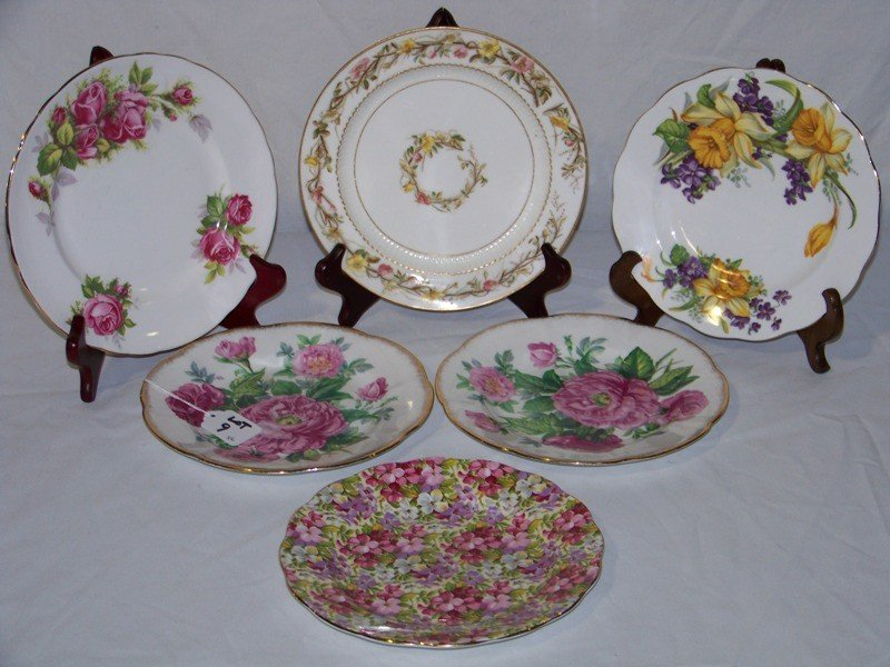 9: 6 English Hand Painted Cabinet Plates