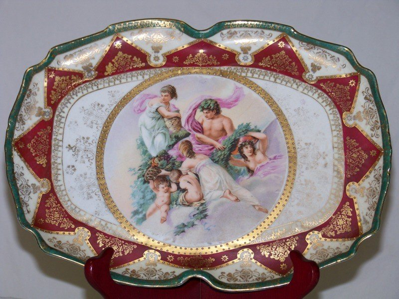 15: Early Royal Vienna Hand Painted Figural Dresser Tra