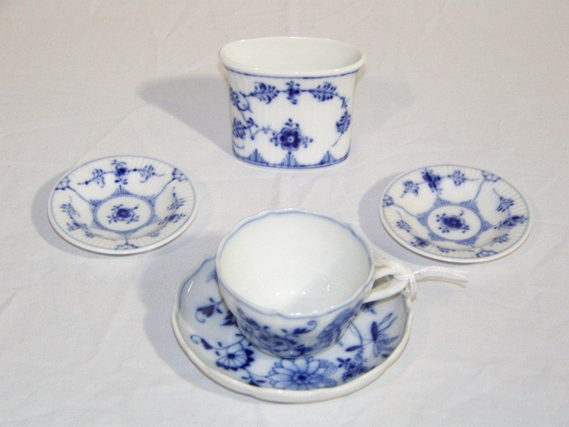 9: Vintage Meissen Cup & Saucer & 3 Royal Copenhagen Pc