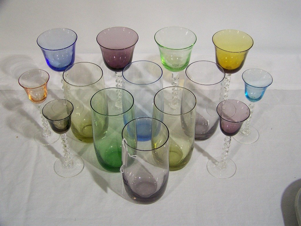15: 14 Pc's. of Colored Drinking Glasses - 2