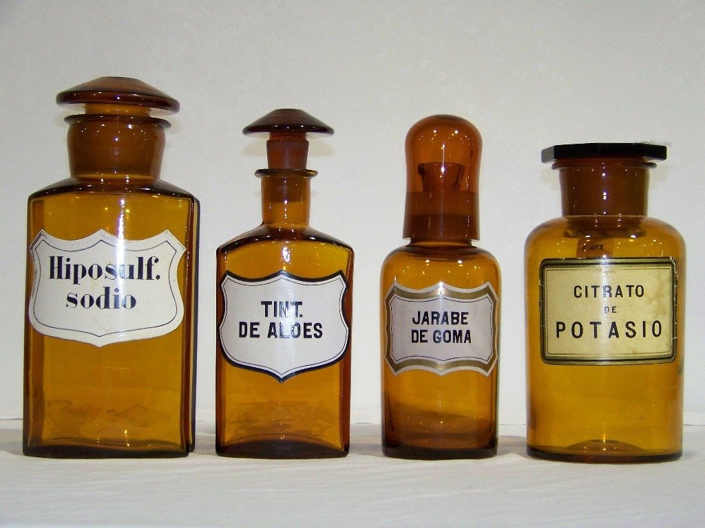 17: 4 Antique Amber Glass Apothecary Medical Bottles