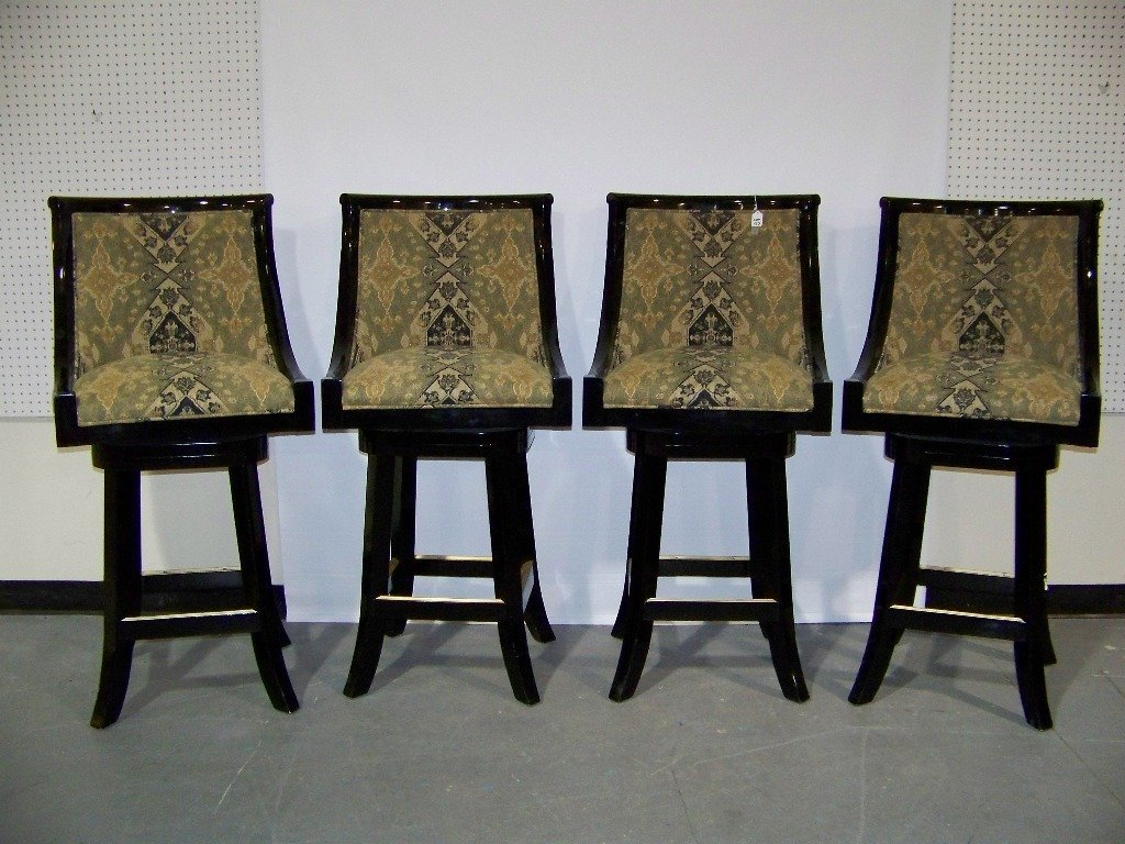 137: 4 Great High End Black Lacquer Swivel Bar Stools