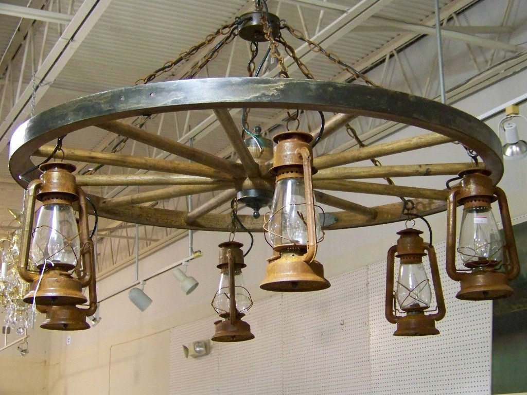 Vintage dietz lantern wagon wheel chandelier 131a vintage dietz lantern wagon wheel chandelier arubaitofo Choice Image