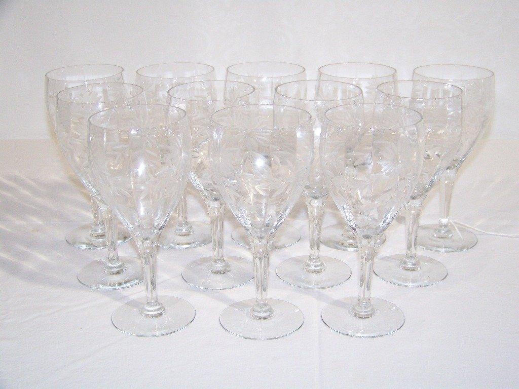 1: 12 Vintage Ribbed Floral Etched Wine Glasses