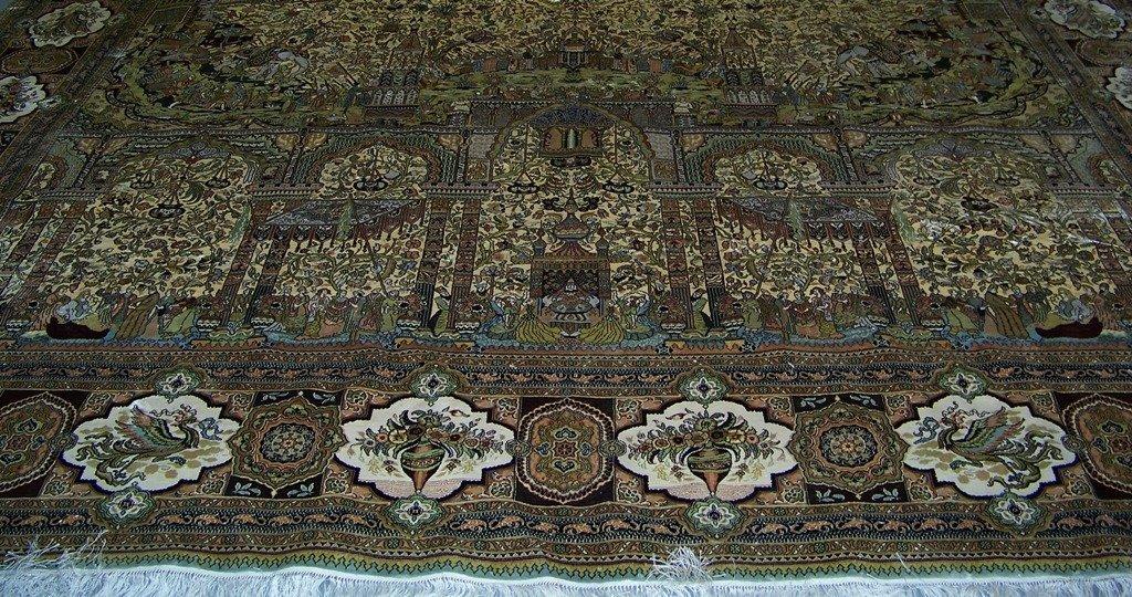 Very Fine Vintage Figural Persian Silk Tabriz Rug 14' x - 5