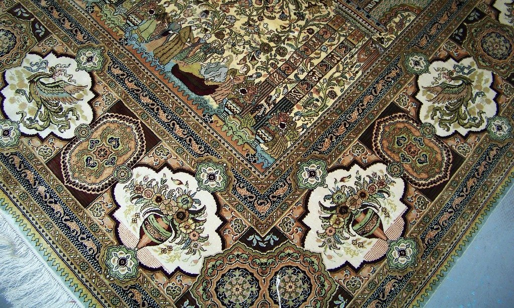 Very Fine Vintage Figural Persian Silk Tabriz Rug 14' x - 9