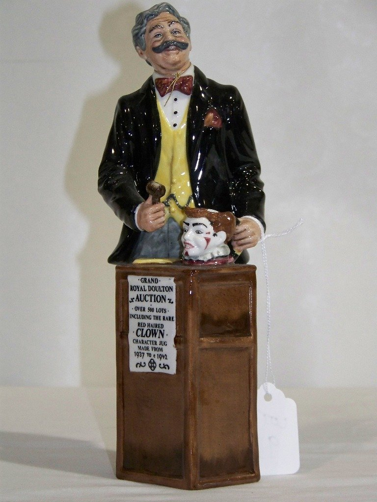 """Vintage Royal Doulton """"The Auctioneer"""" HN 2988"""