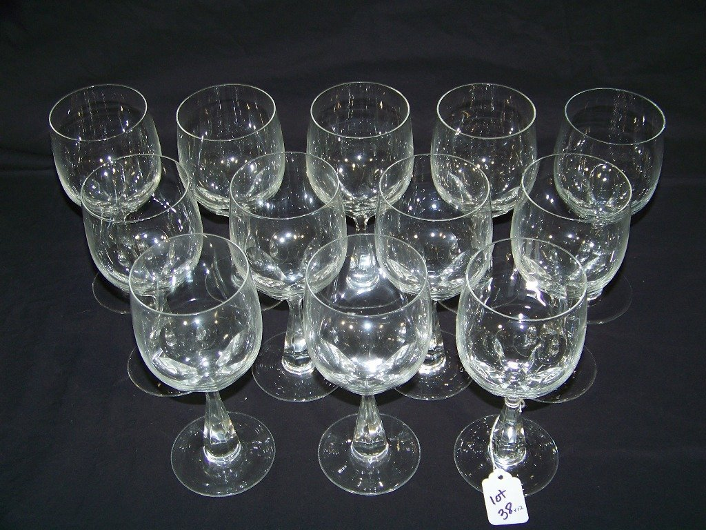 12 Vintage Crystal Wine Glasses by Spode - 3