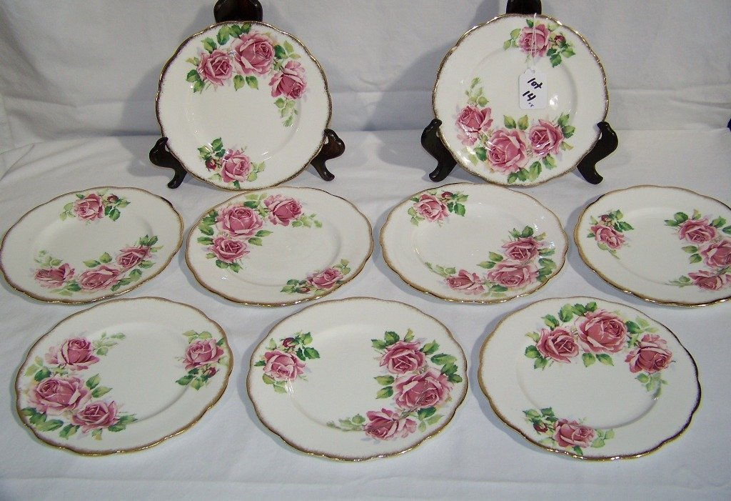 "8 Queen Anne English Bone China Plates ""Lady Margaret"""