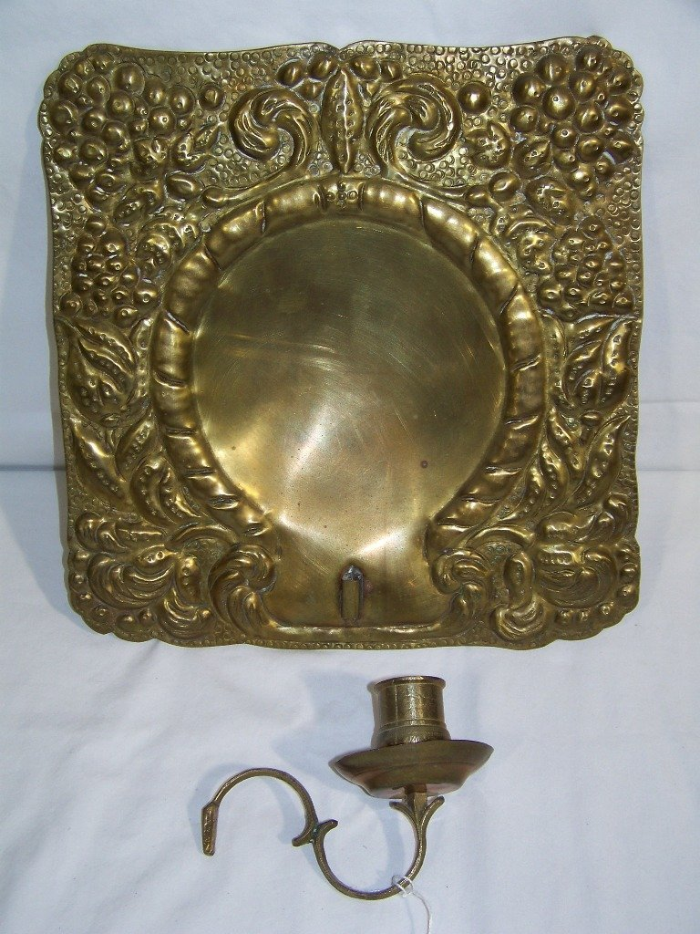 19th C. Hammered Brass Sconce - 4