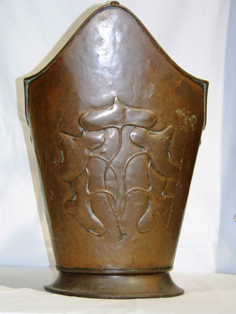 Large Art Novueau Hammered Copper Coal Bucket