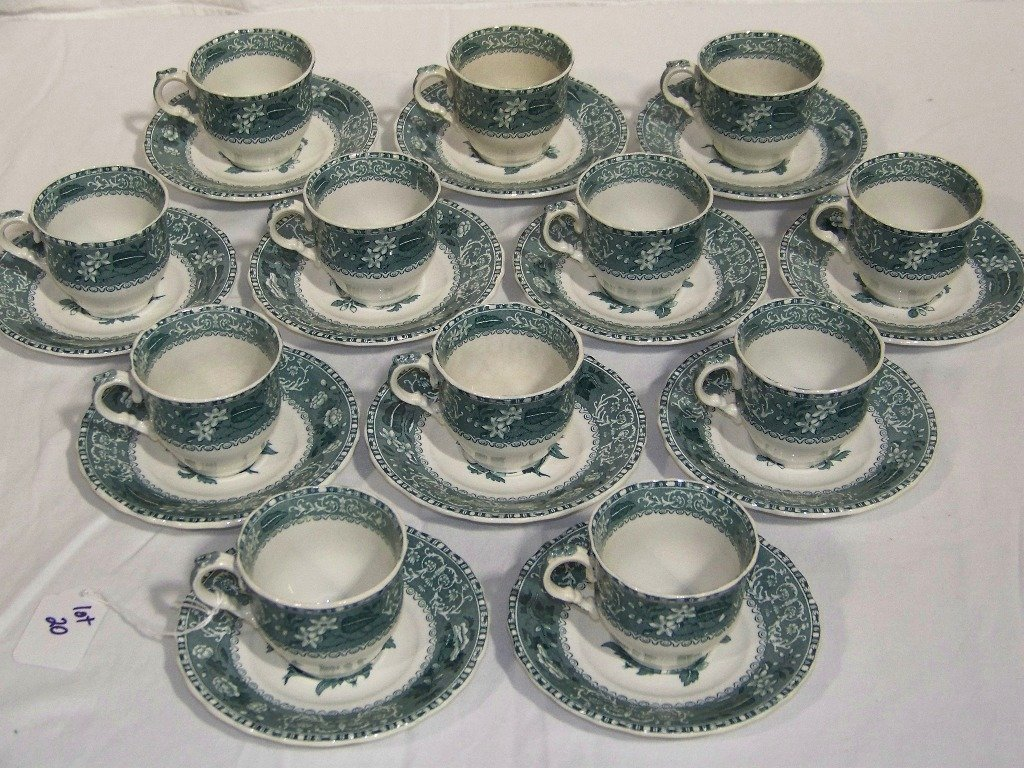 """12 Vintage Copeland Spode's """"Camilla"""" Cups & Saucers"""
