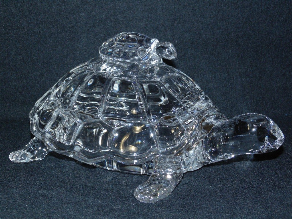 VINTAGE CRYSTAL MOTHER TURTLE & BABY LIDDED CANDY DISH