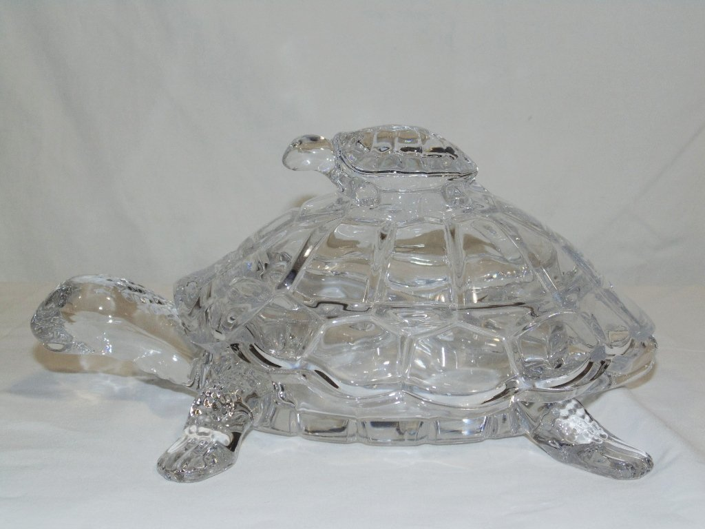 VINTAGE CRYSTAL MOTHER TURTLE & BABY LIDDED CANDY DISH - 2