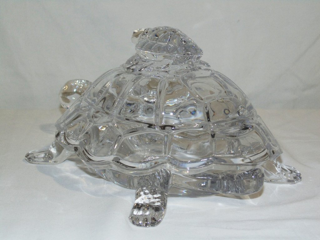 VINTAGE CRYSTAL MOTHER TURTLE & BABY LIDDED CANDY DISH - 4