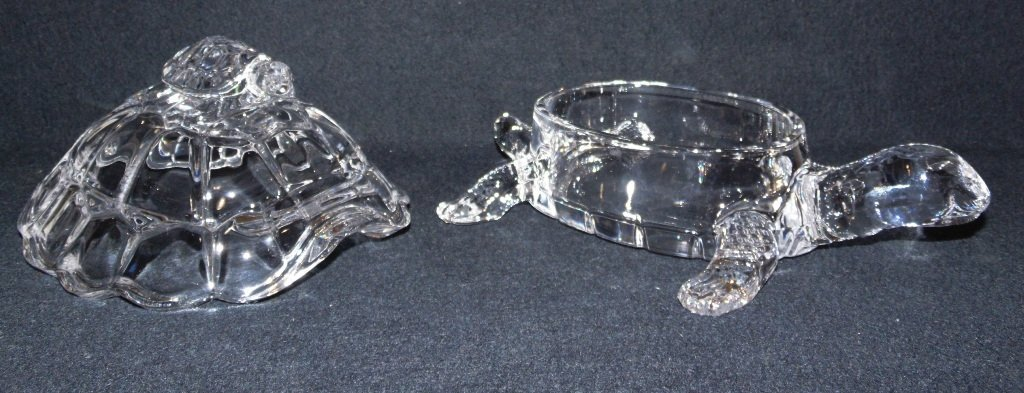VINTAGE CRYSTAL MOTHER TURTLE & BABY LIDDED CANDY DISH - 7