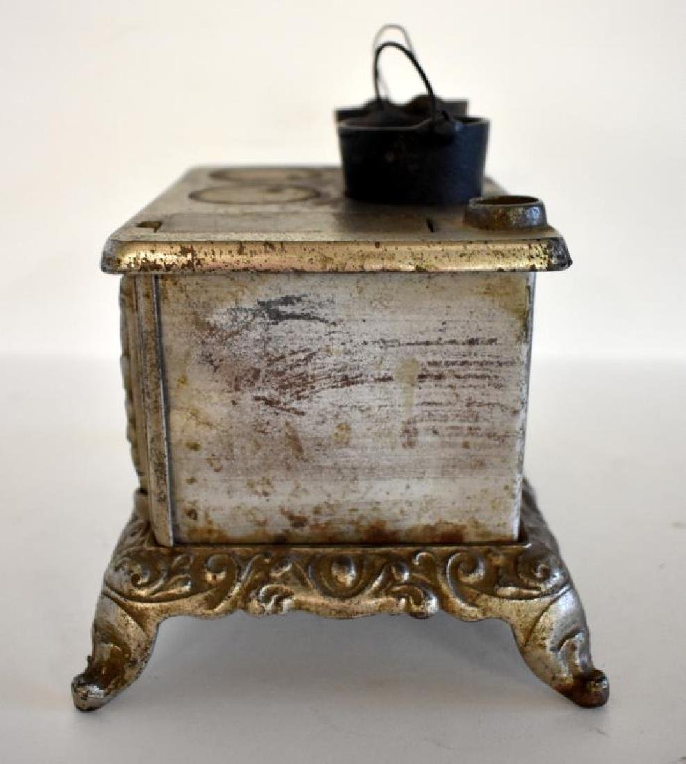 ANTIQUE RIVAL CAST IRON TOY COOK STOVE - 4
