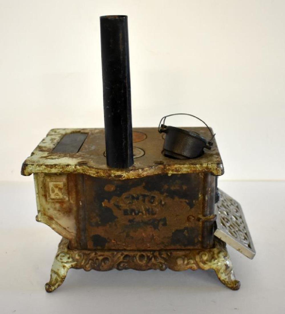 ANTIQUE ROYAL CAST IRON TOY COOK STOVE - 4