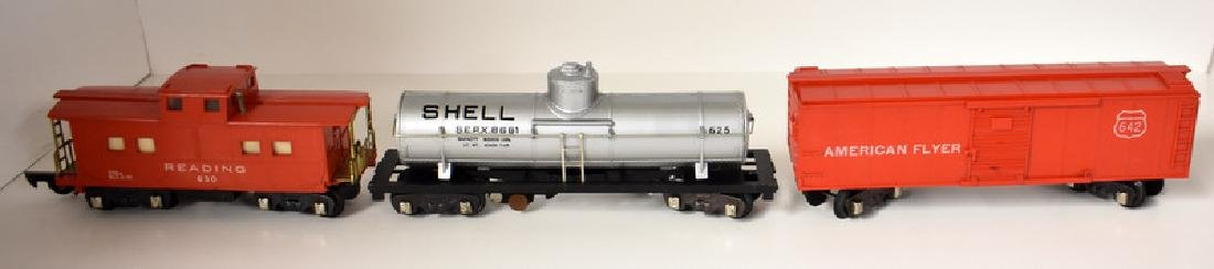POST WAR AMERICAN FLYER HUDSON FREIGHT SET - 8