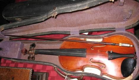 1256: Vintage Violin by Joseph Antoniusrocca c.1851