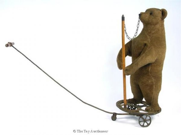 1: A rare and early Steiff pull-along dancing bear